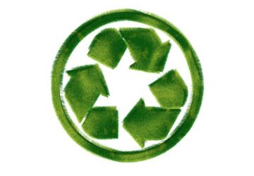 green-recycle-symbol-7535-768x480