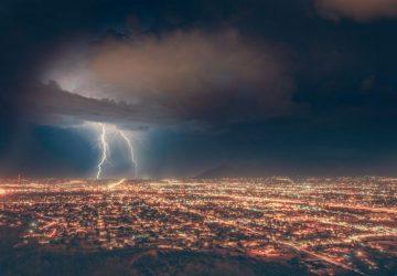 lluvia-Unsplash-Michael-Rogers-768x512